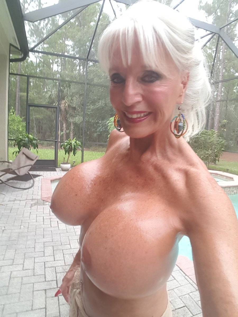Daile    reccomend older mexican women with big tits