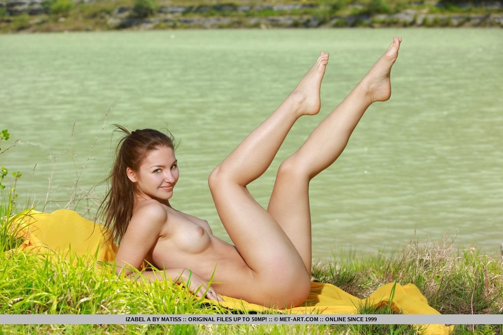 Hd girl nudist