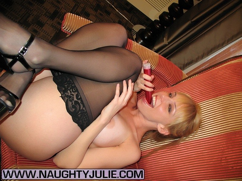 Dura    reccomended blonde pantyhose pics