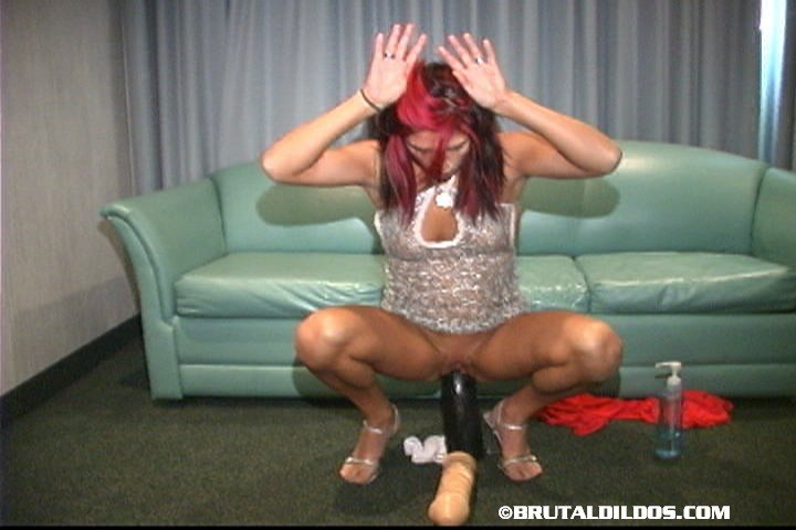 Webcam french fist standing 9 milf