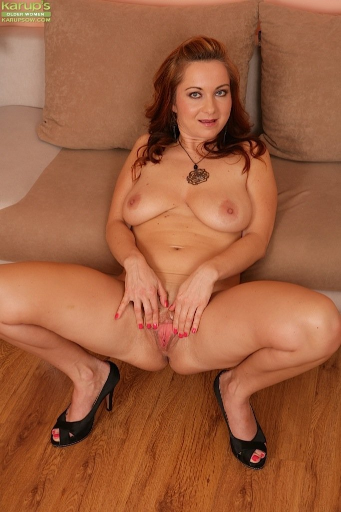 mature old sex pics there