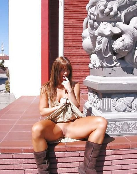 Kama reccomended sexy feet in public