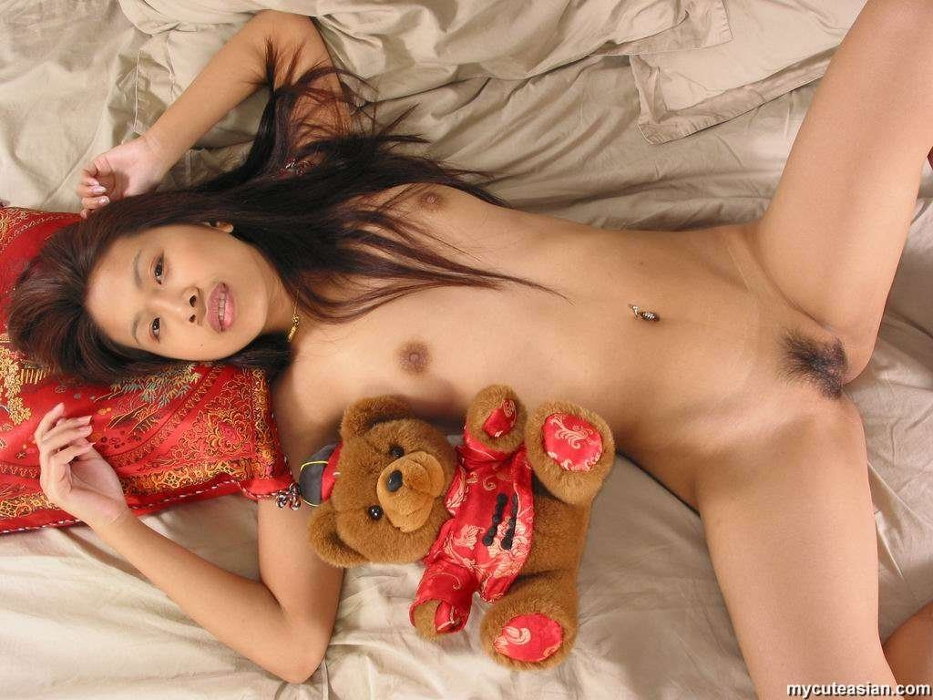 Oso classroom webcam Amateur girls sharing 1 guy