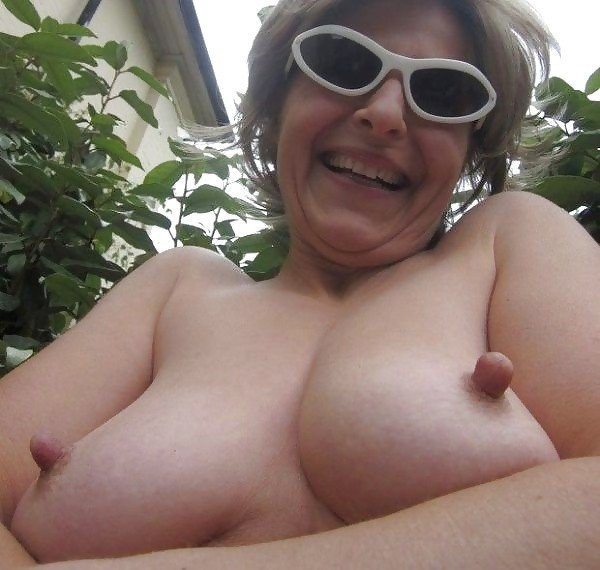 mature hot big tits