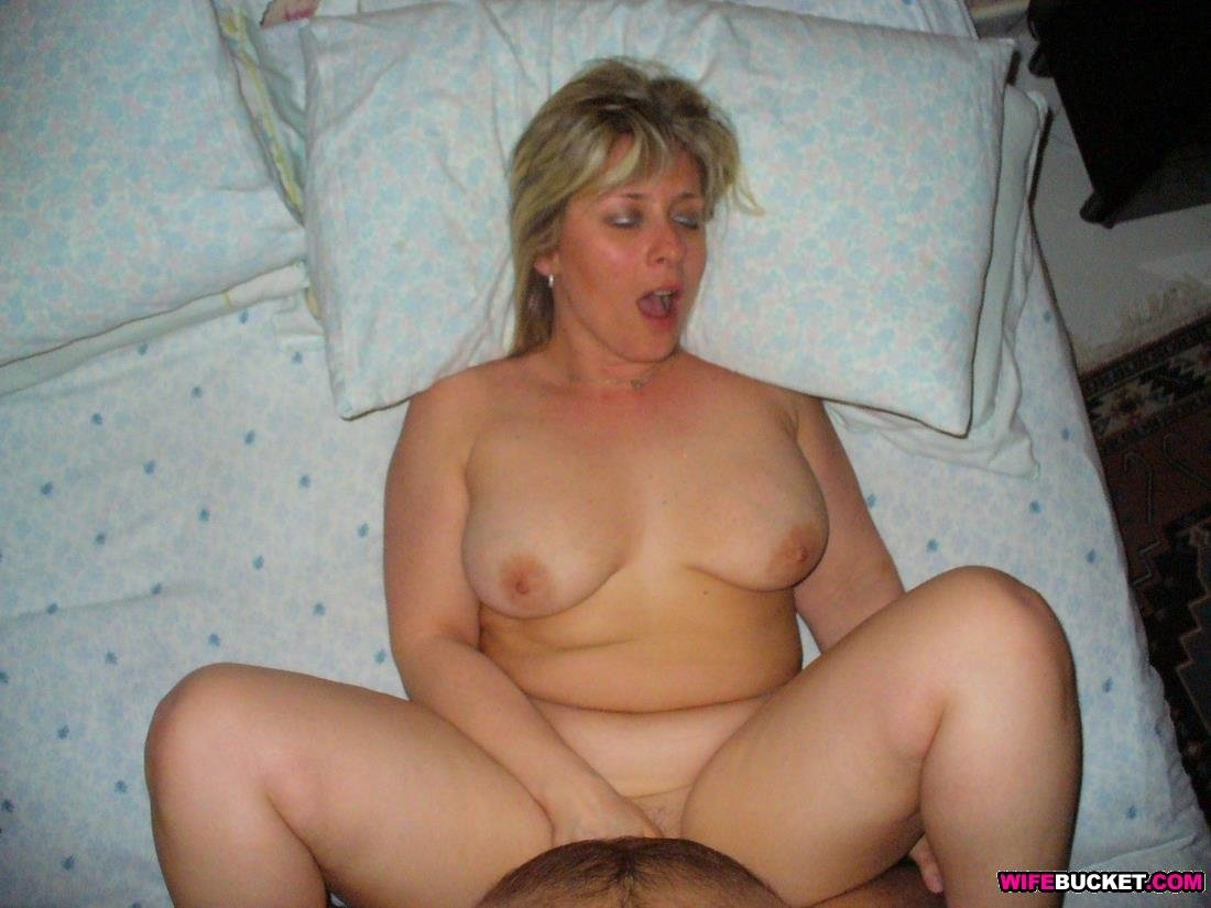 Xhamster homemade anal Riding an amateur