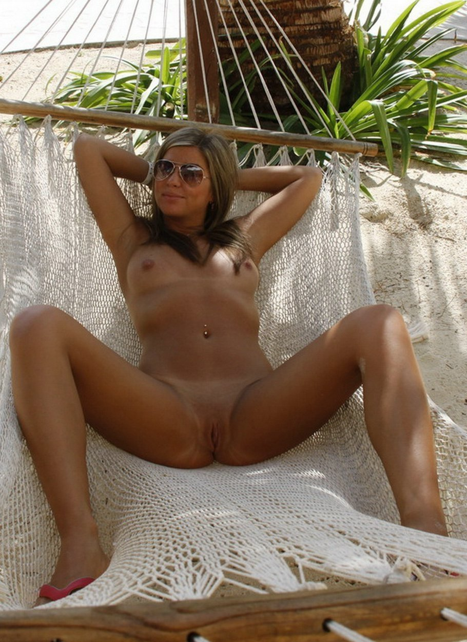 natural mature naked there