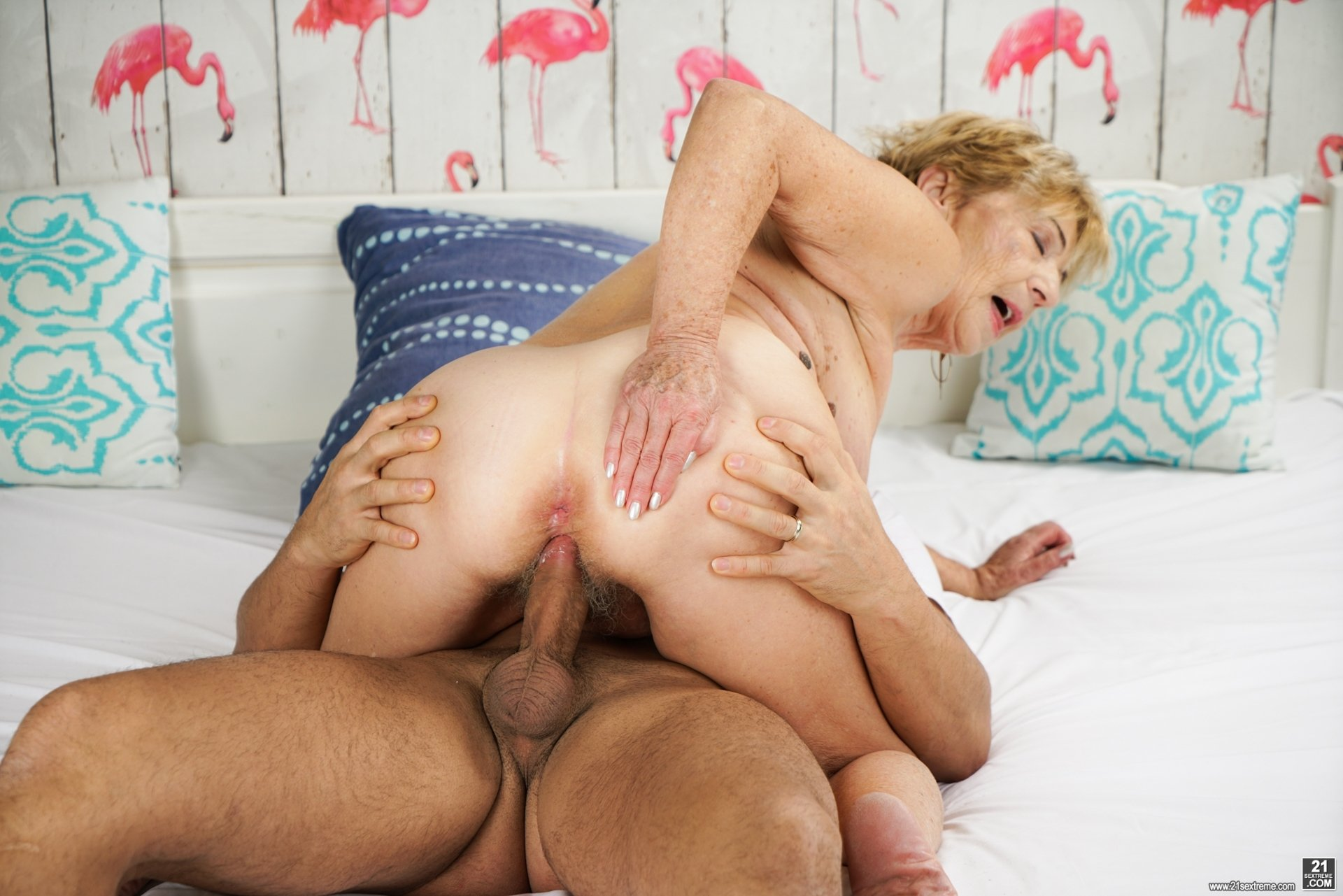 free mature interracial porn