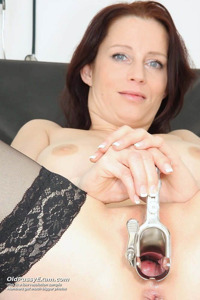 British curvy mature wife dogging