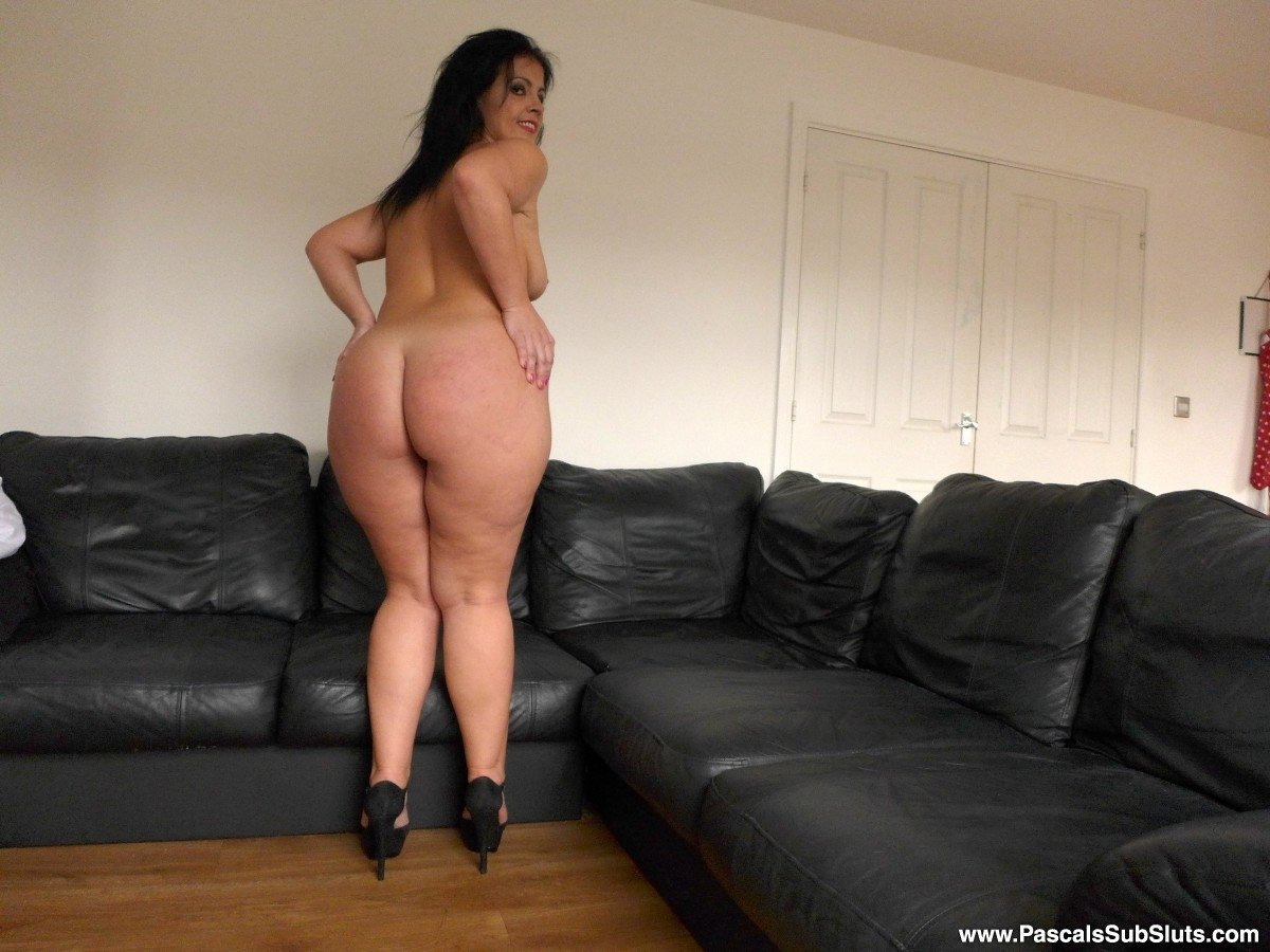 Fat and hairy pussy girlfriend