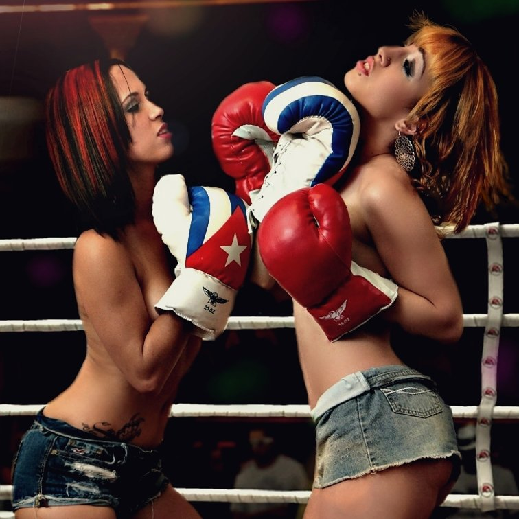 Freaky Dude Plows Two Sexy Sluts In The Boxing Ring
