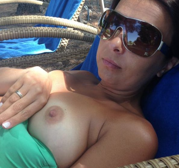 free naked mature videos