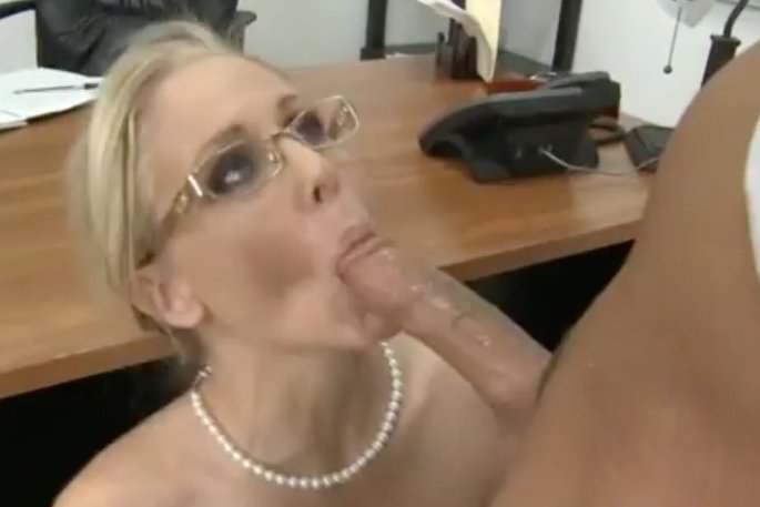 Family voa Enormously big dicks