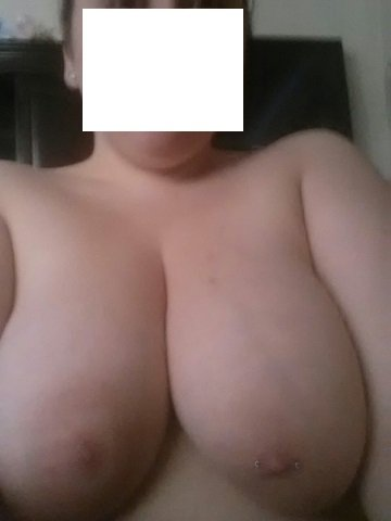 My girlfriend sister big tite boobs