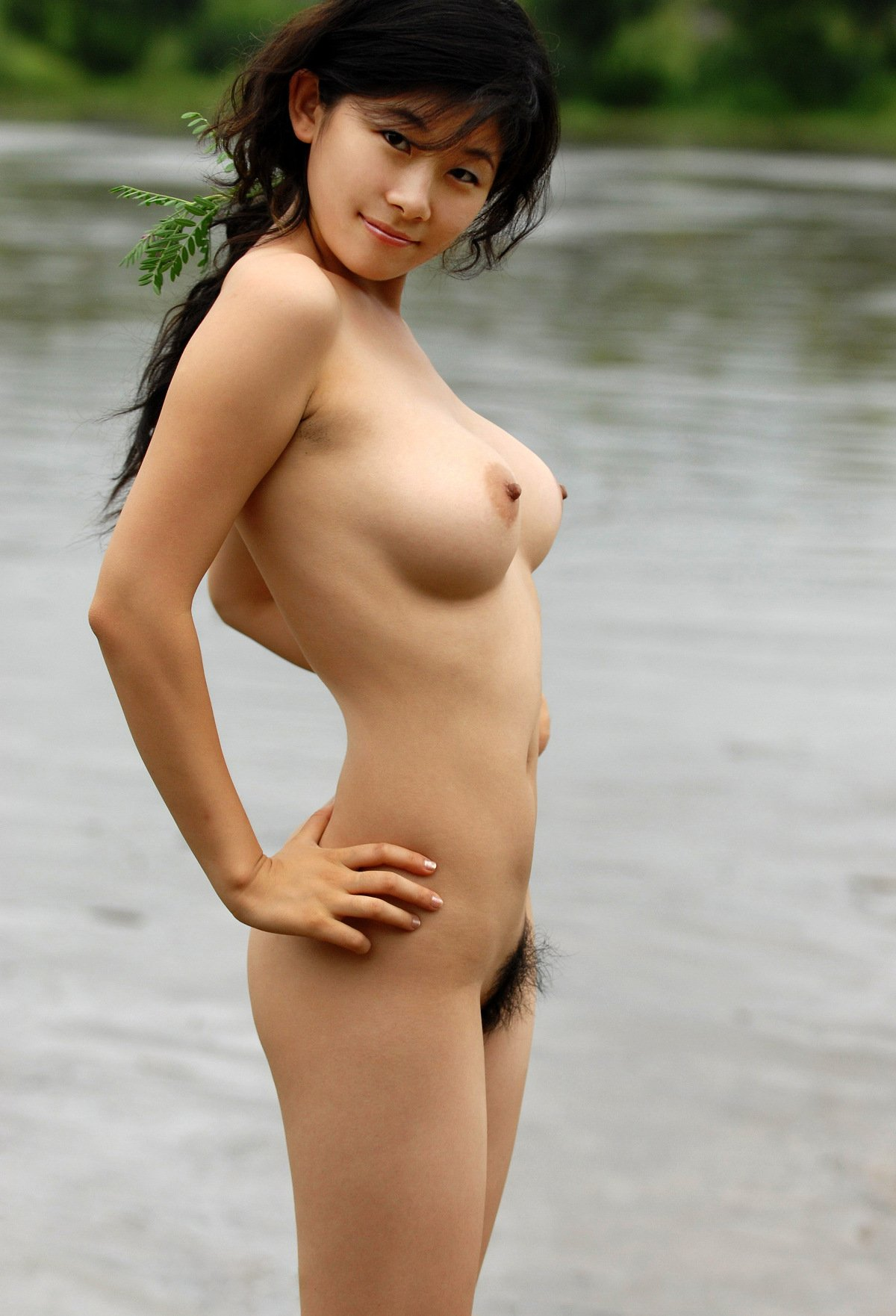 Young asian nudity — img 4