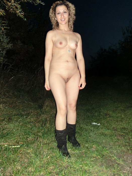 Cheating wife with the yard boy short chubby girl with big tits