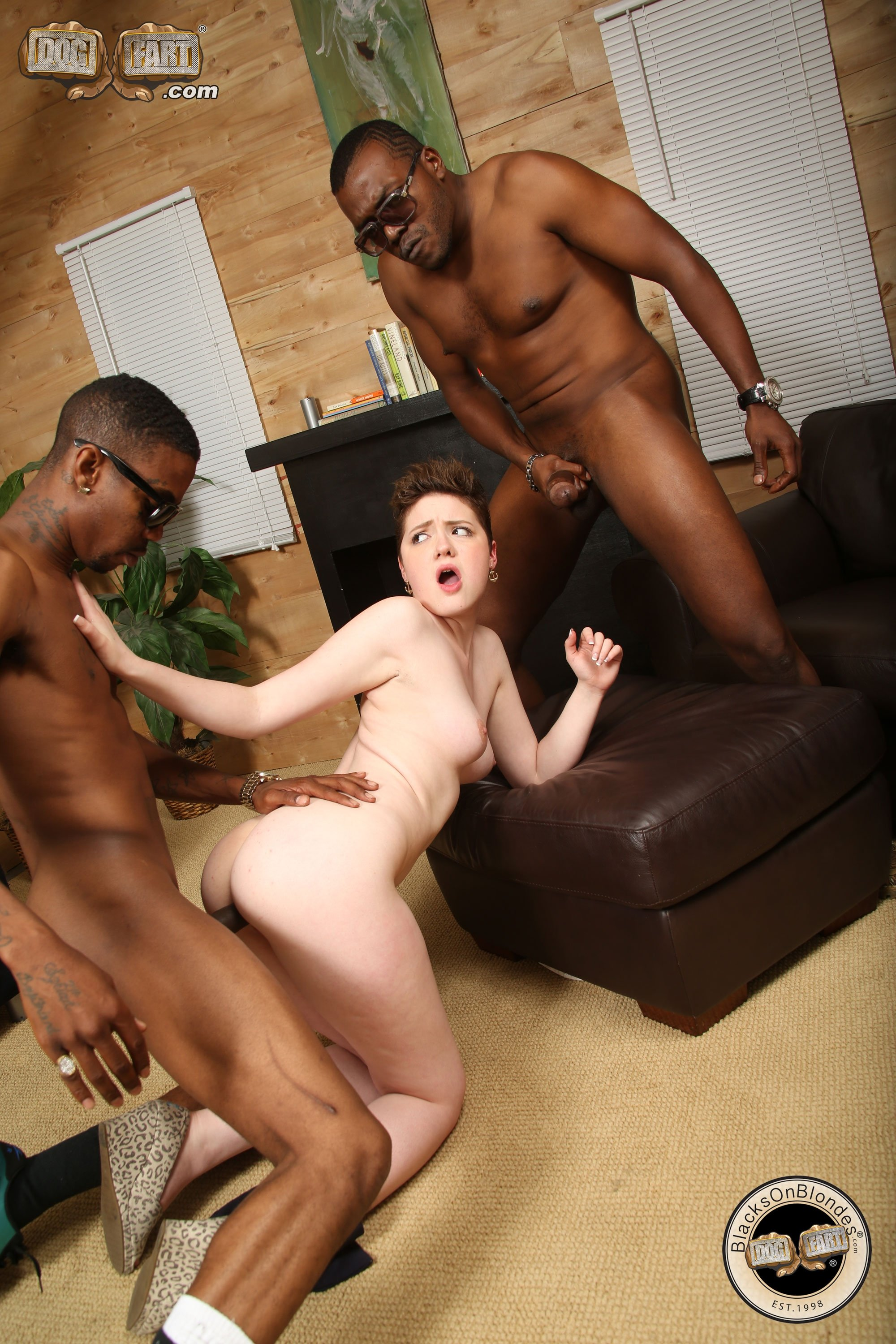 Double penetration interracial tube #1
