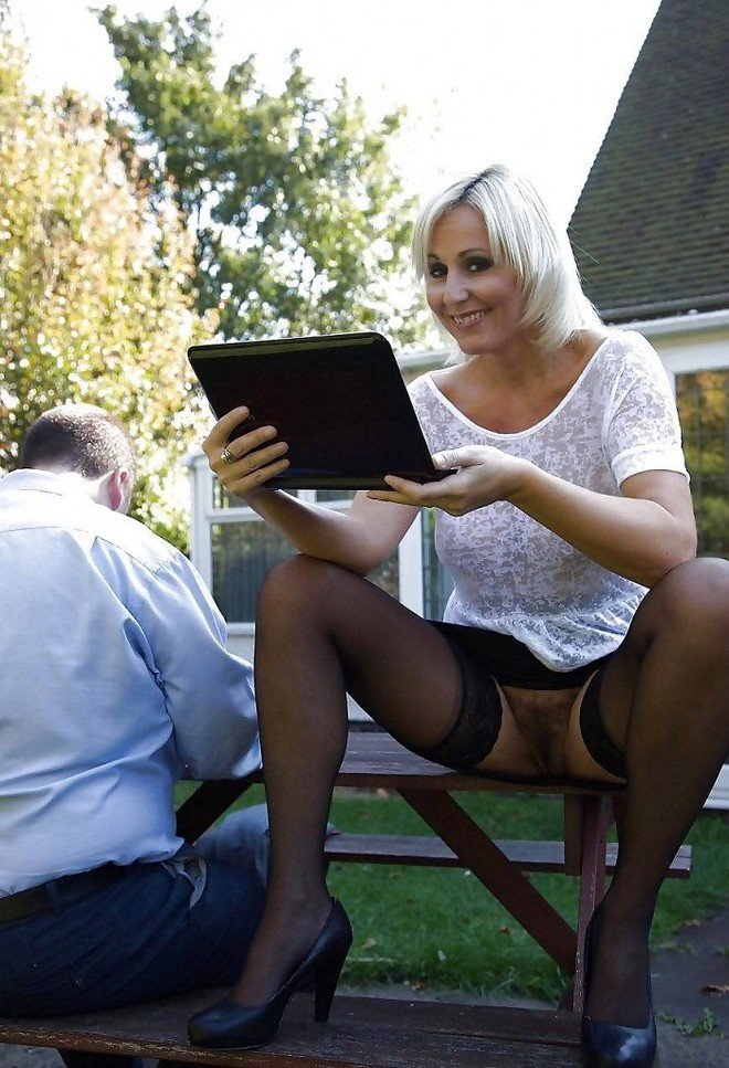 Amateur upskirt powered by phpbb