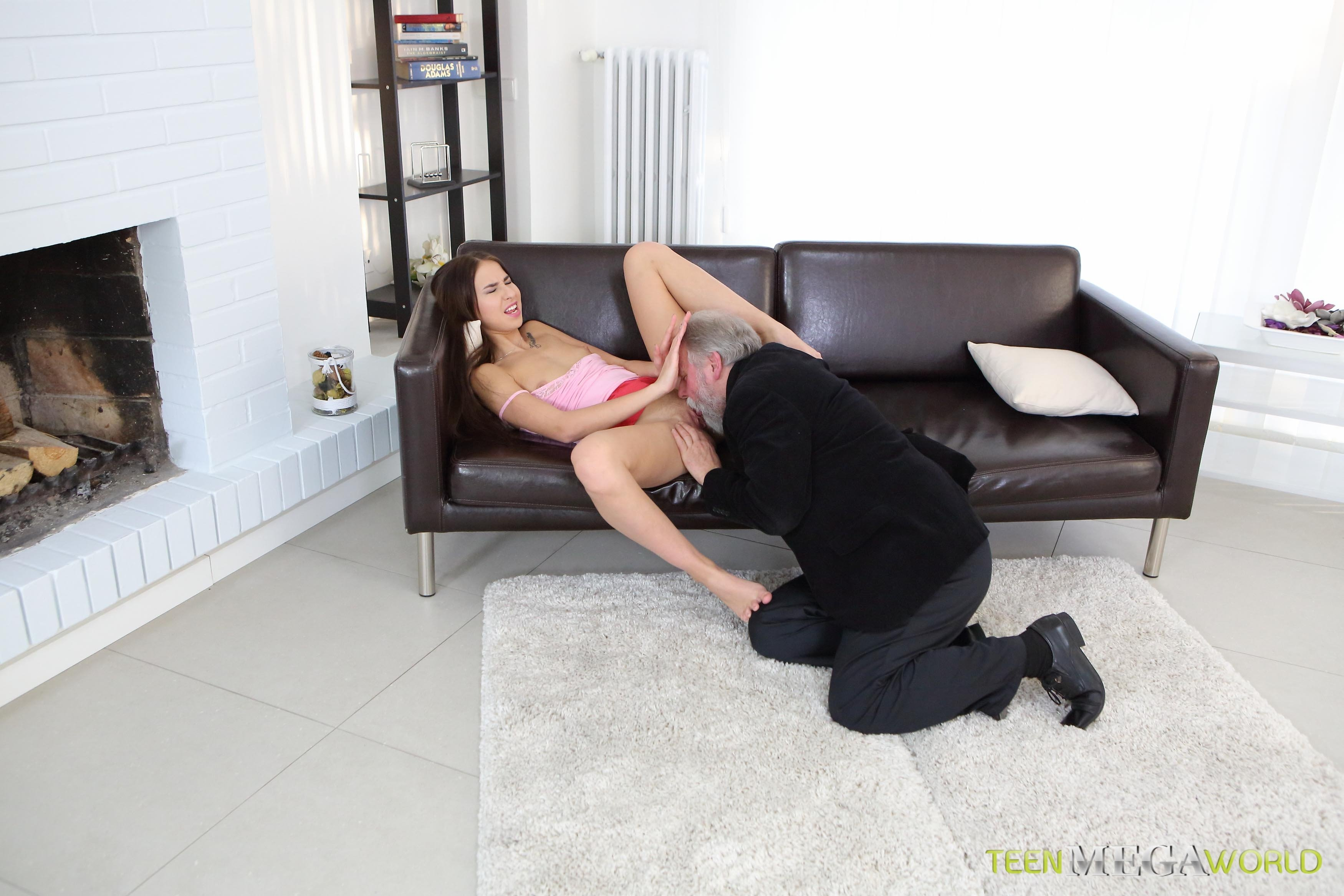 Neshicage    reccomend Dildos Used On Camera By Sexy Real Freak Girl (shae snow) movie-20