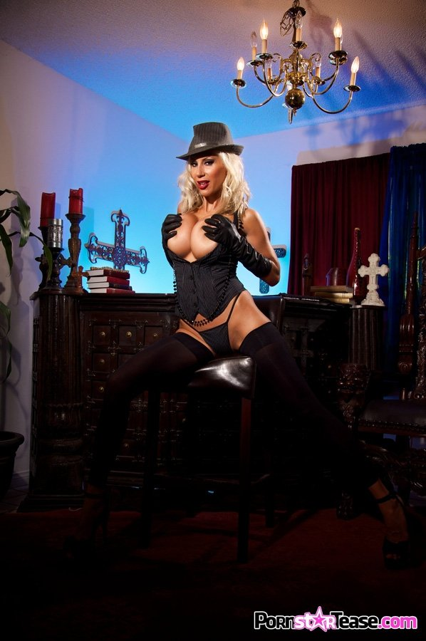 old mistress femdom there
