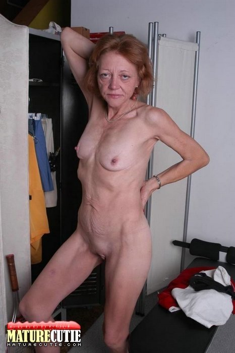 hot saudi gay 70 year old granny nude