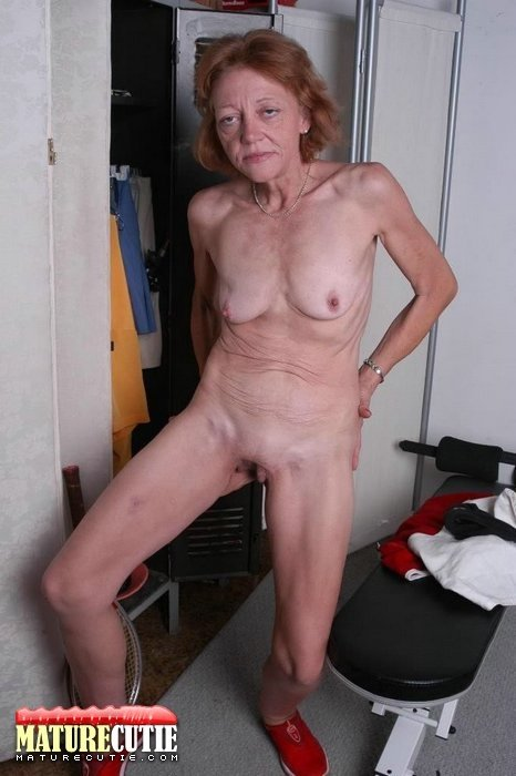 stripper mom xxx