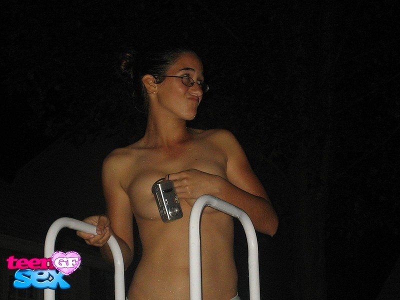 hot and sexy girls without clothes authoritative answer