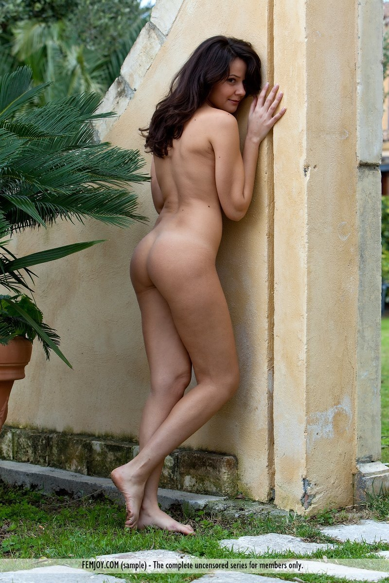 Free young jerk off webcams
