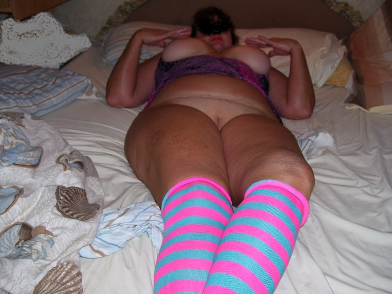Love to watch husband suck dic