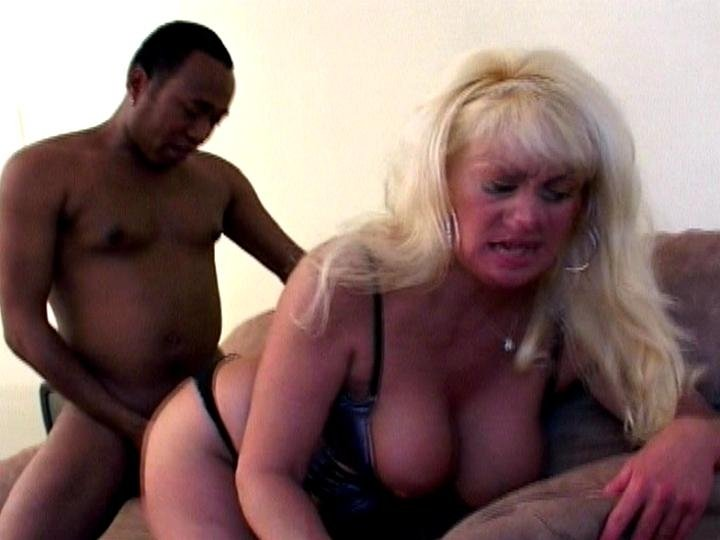 Usa chat squirt