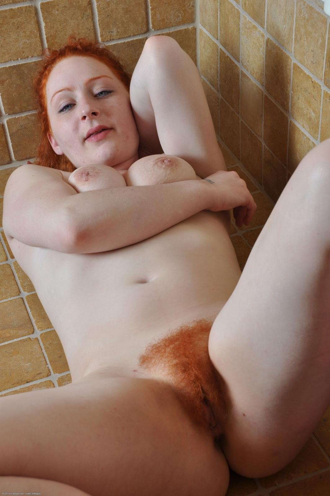 free-young-amateur-shaved-redhead-younger-taboo-sex