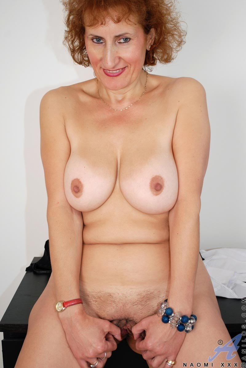 Juzil    reccomended sexy mature and son