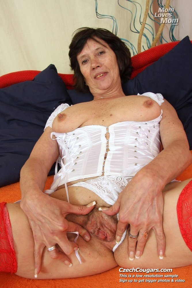 Super hot mature milf Reallifecam sara
