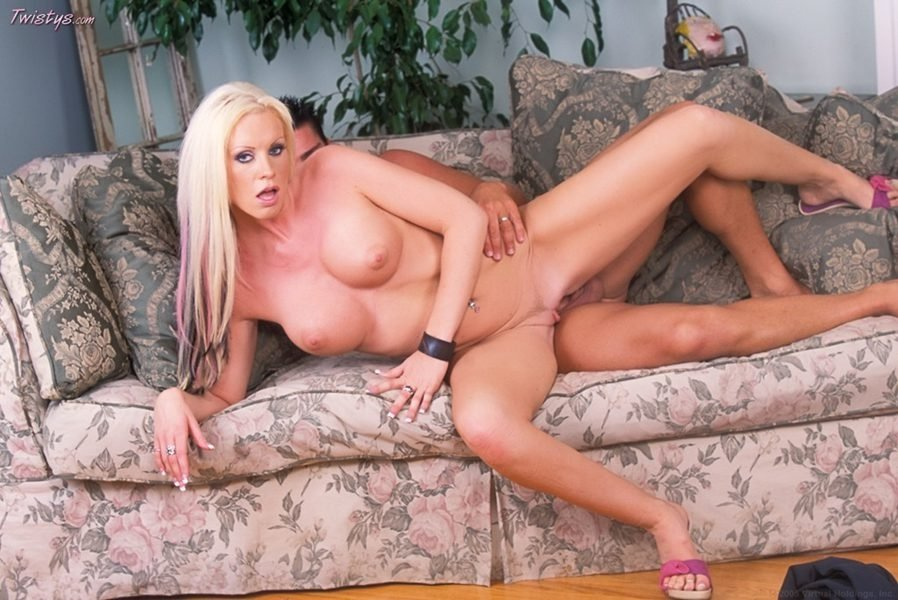 Milf amateur casting there