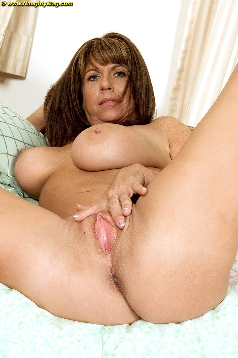 Hd old milf Young girls strip on webcam