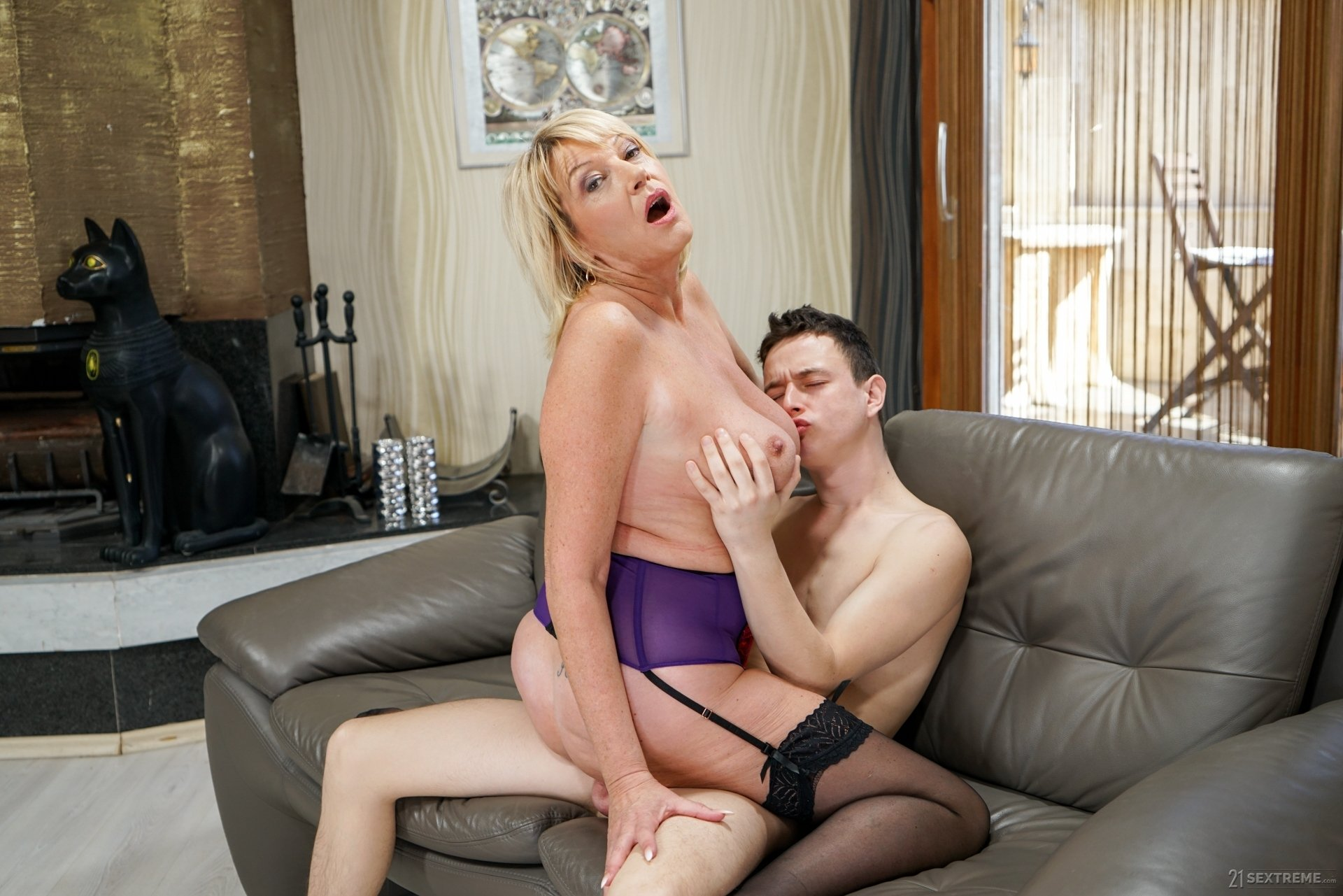 linda friday creampie