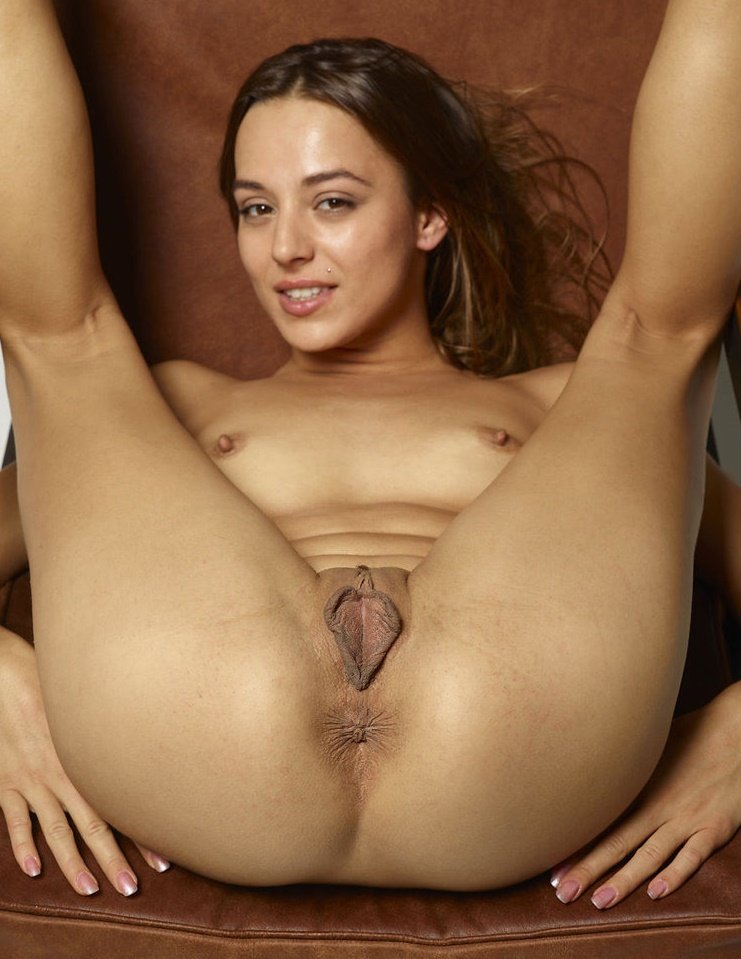Mahwish reccomend hand job xxx movies