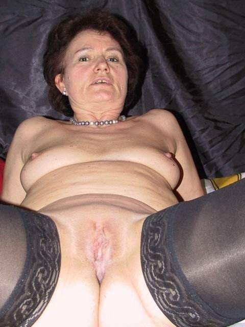 Latina granny xhamster Stepsister and her girlfriend