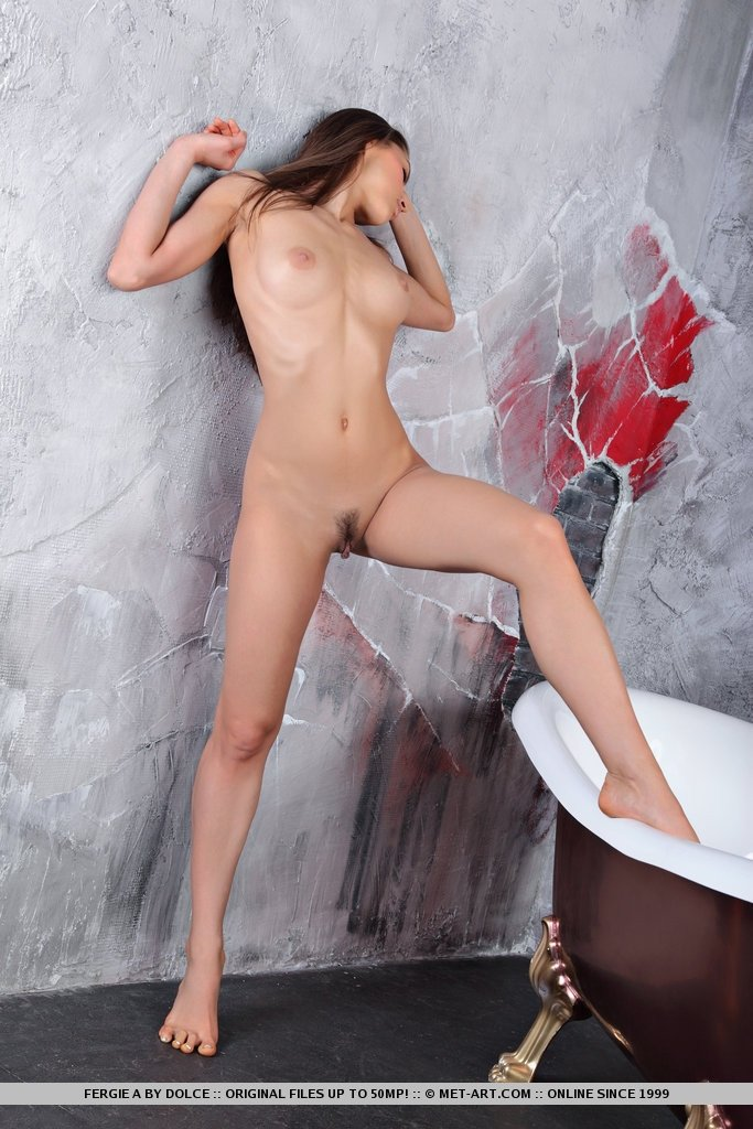 young hot naked babes