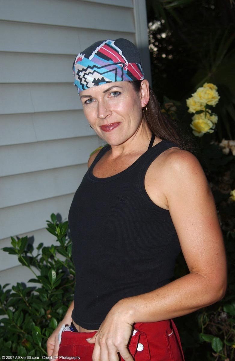 mature gilf videos there