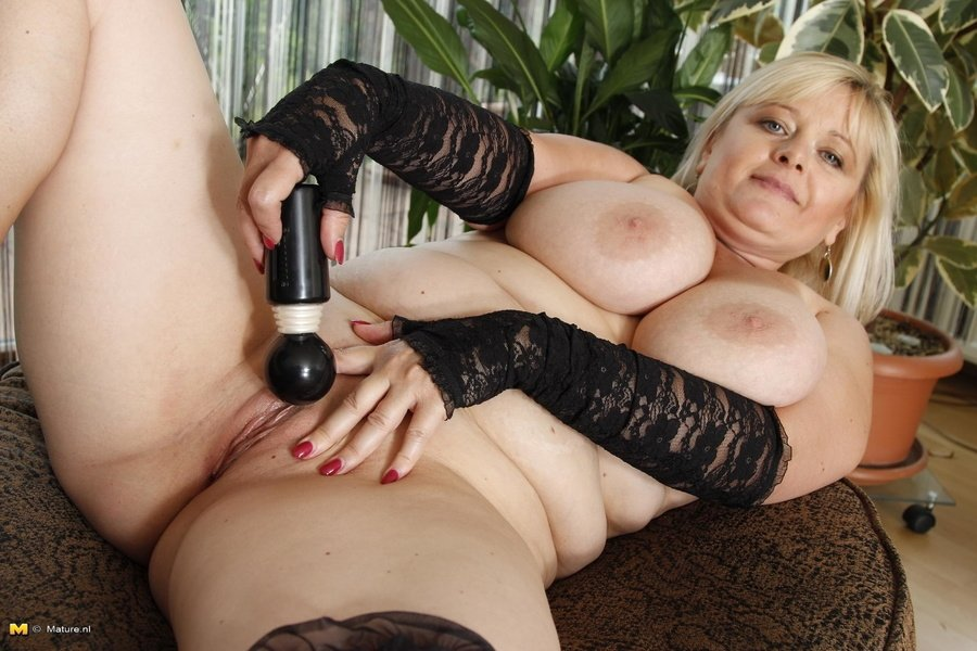 Real swinger wife aex