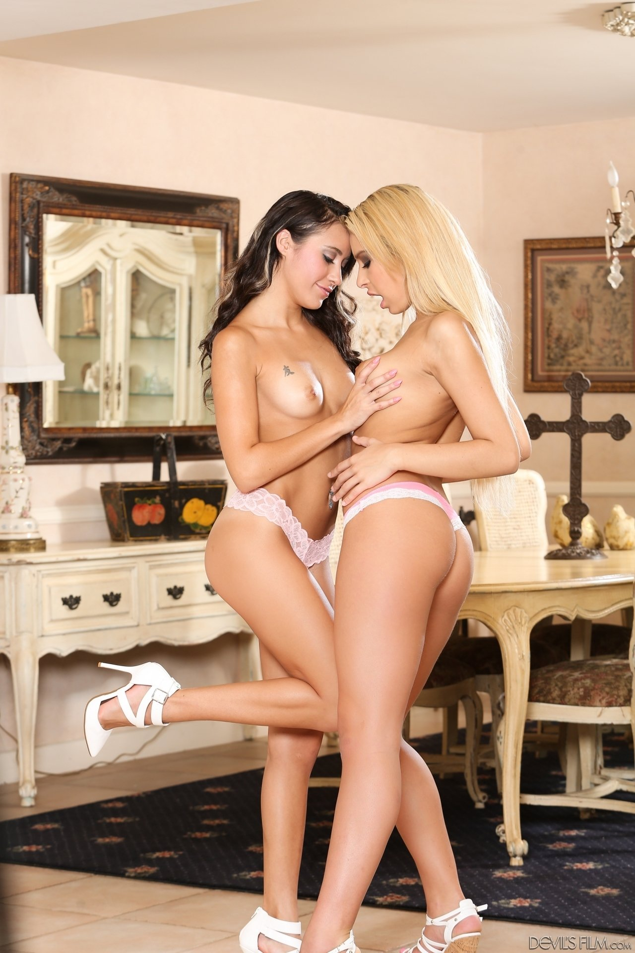 hot lesbians with toys
