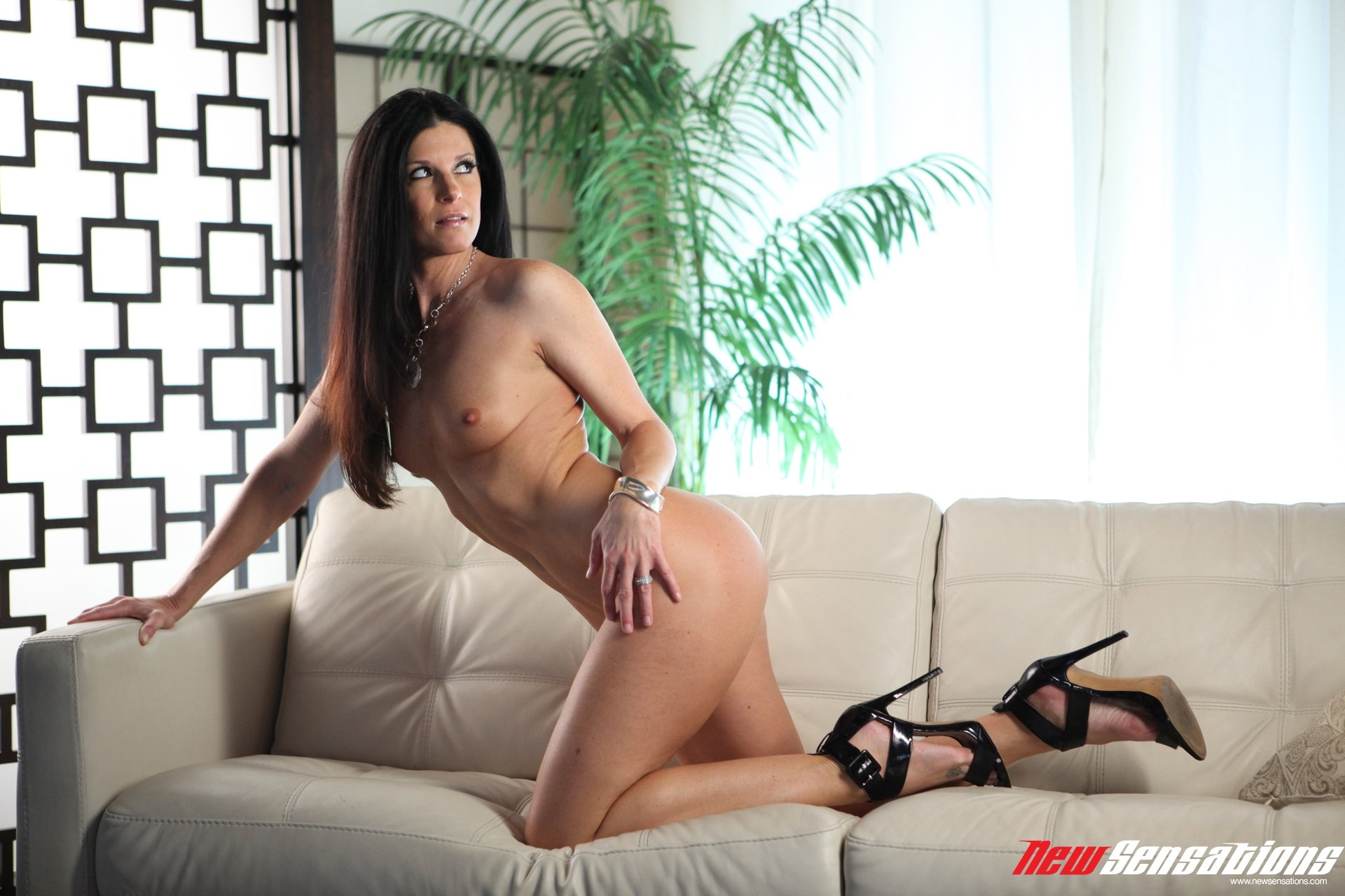 Black nude fat Adulte chat