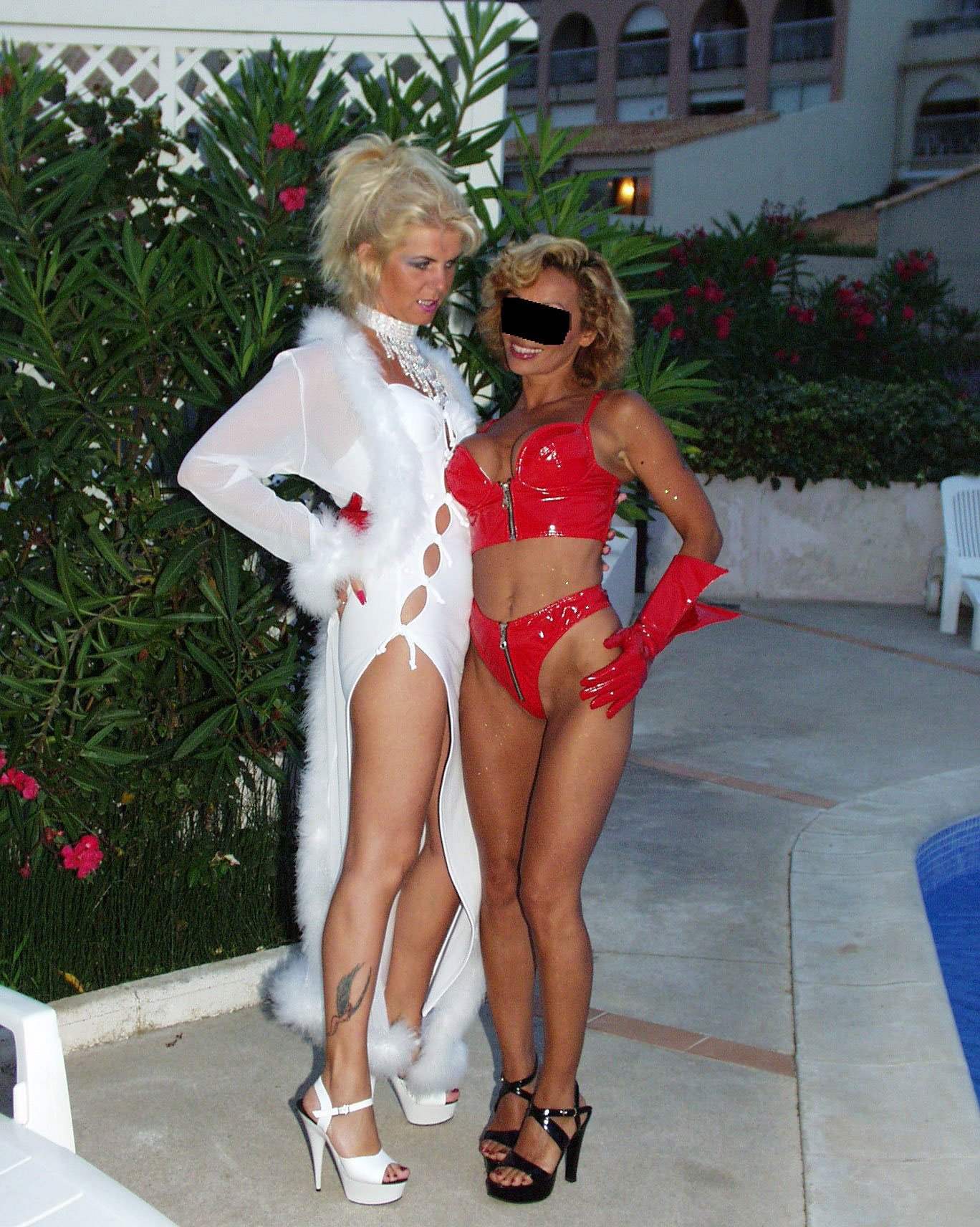 Miklos reccomend Amatuer naked wife shared