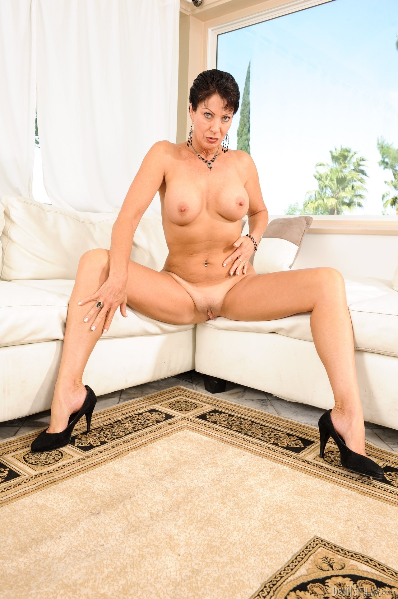 Nude amatures over 30 Hd tits brazil