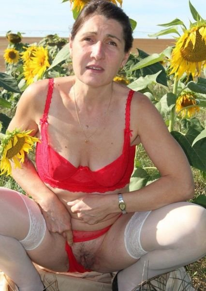 mature natural women pics