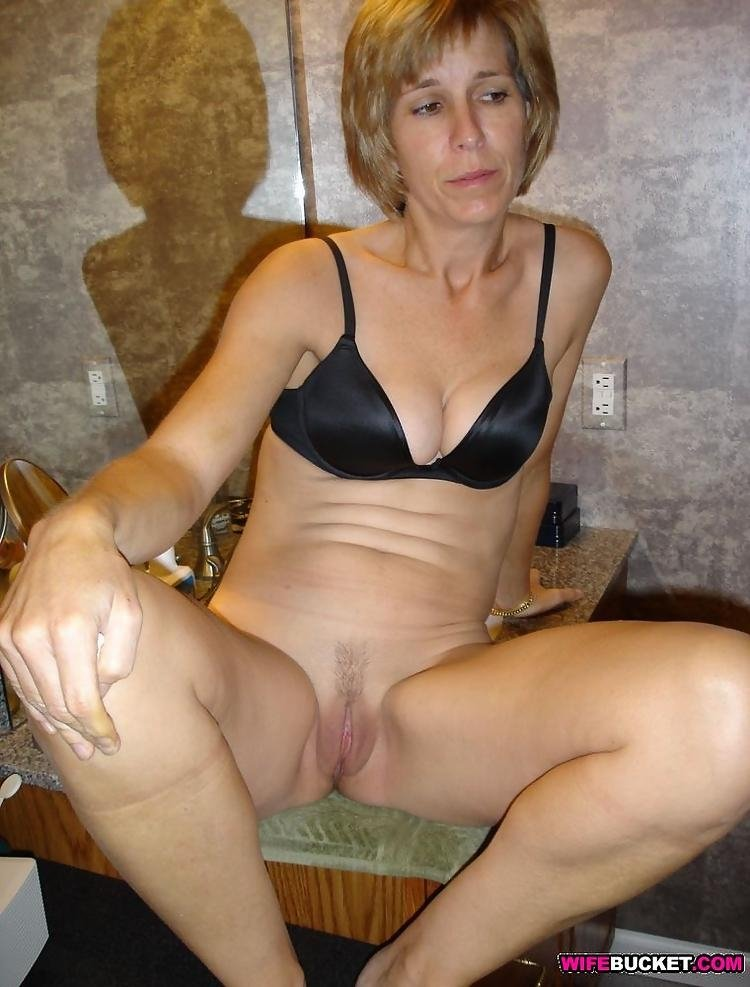 Amture wife pain anal