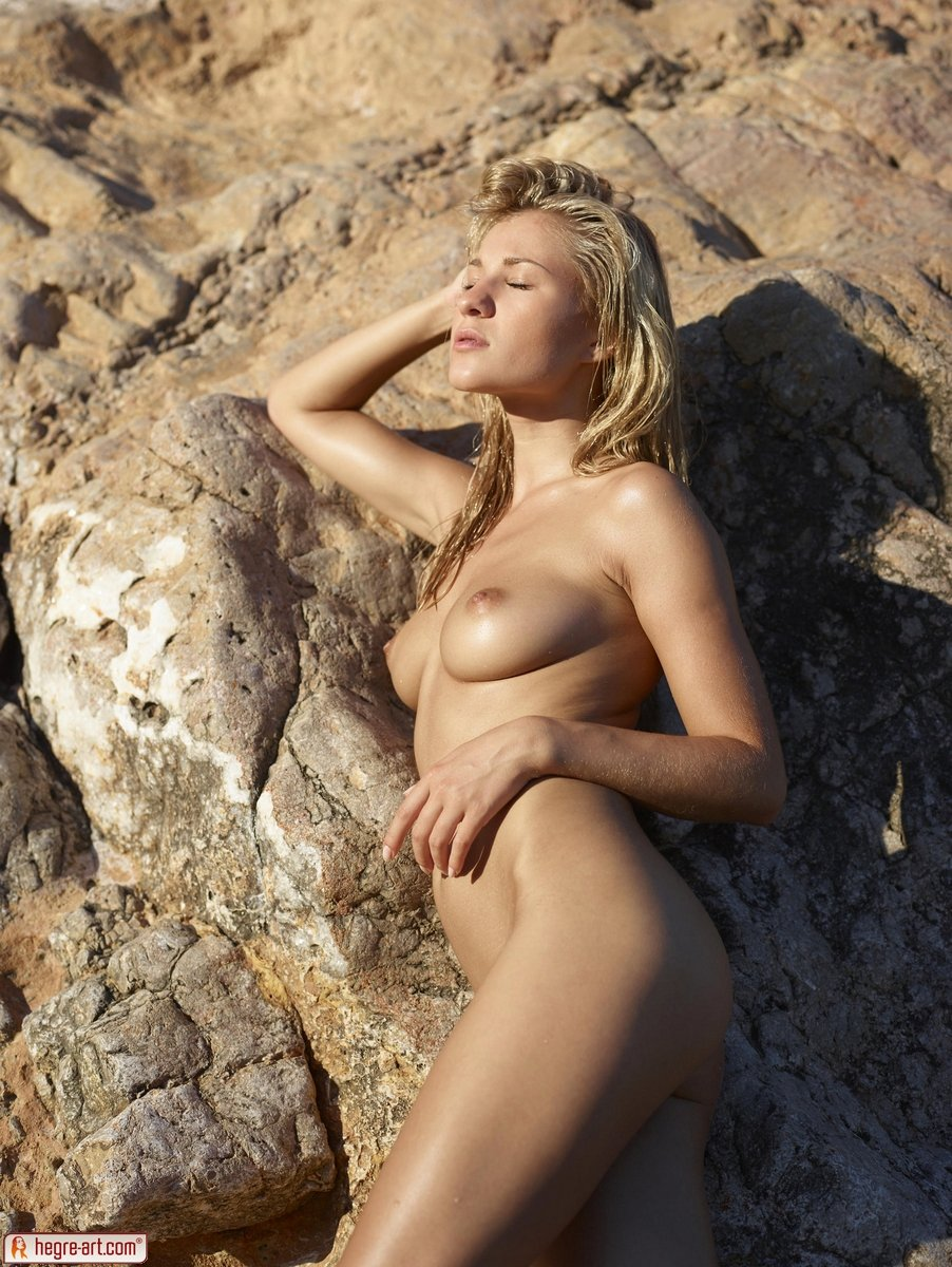 Red tube hot nudists