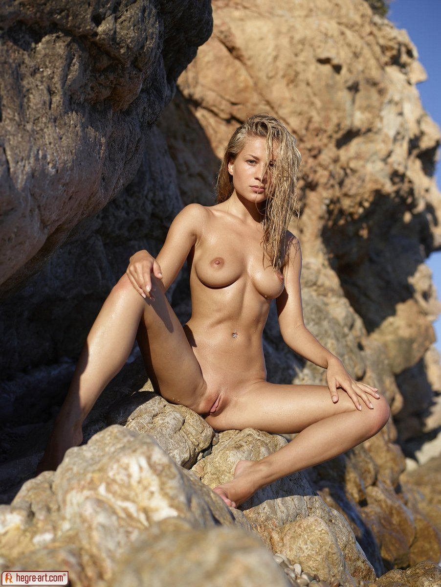 Vasu reccomended women with small breasts nude