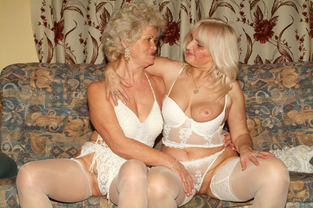 Big fat lesbians having sex Family taboo incest hard sex
