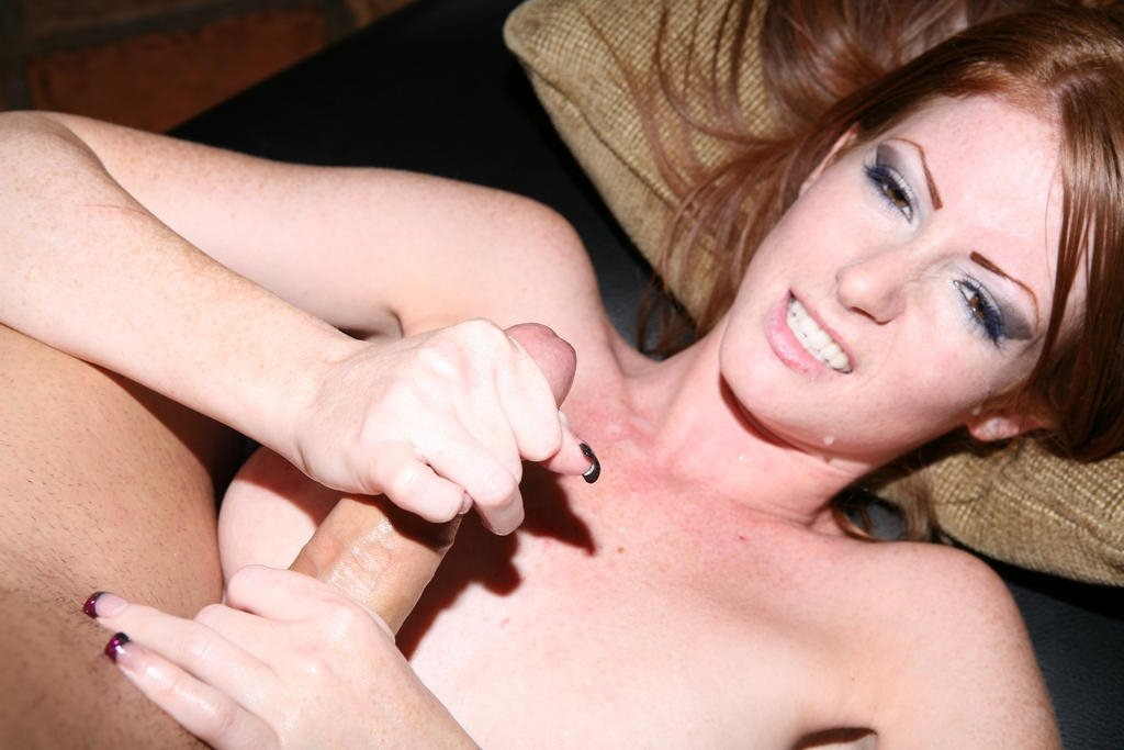Matilar    reccomended Cute Redhead Gets Fucked and Sucks Off BF